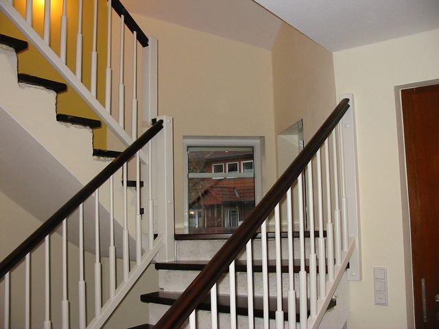 treppengel nder holz erneuern. Black Bedroom Furniture Sets. Home Design Ideas